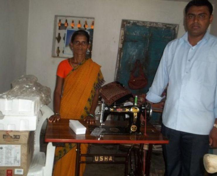 Naaimachines  voor individueel gebruik en in stik- en kleermakerscentrum